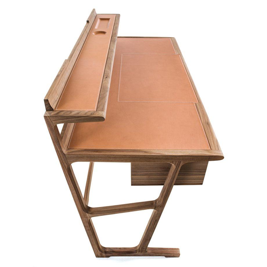 fci-desk-3-2